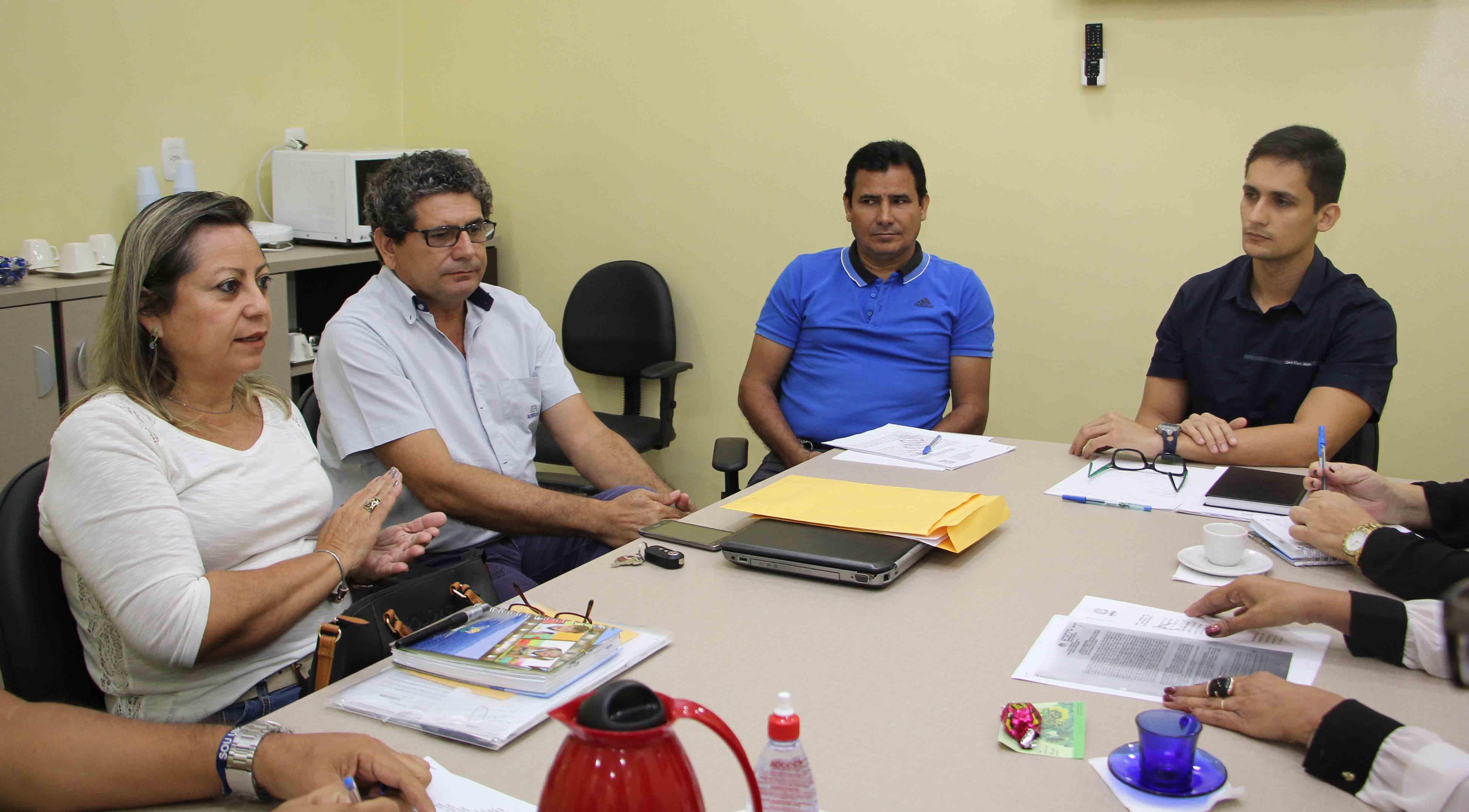 Câmara Municipal celebra parceria com a APAE Barcarena