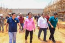 Vereadores visitam obras da prefeitura